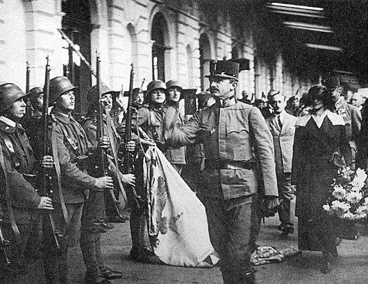 Císař během pokusu o návrat na uherský trůn